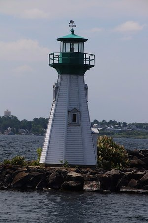 Prescott, Canadá: Quite an attractive lighthouse
