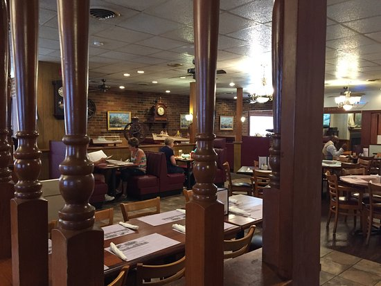 Lowery's Seafood Restaurant : Lowery's is all about the food!