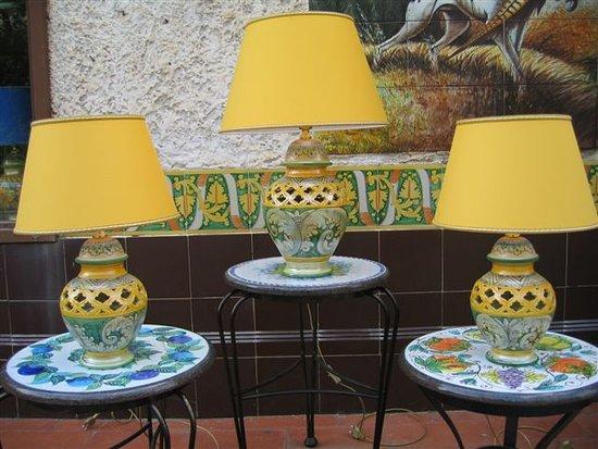 Showroom collezione lumi picture of ceramiche desuir santo