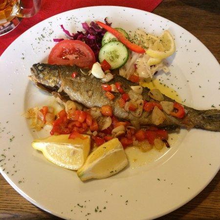 Vranje, Sérvia: Рыба без гарнира.