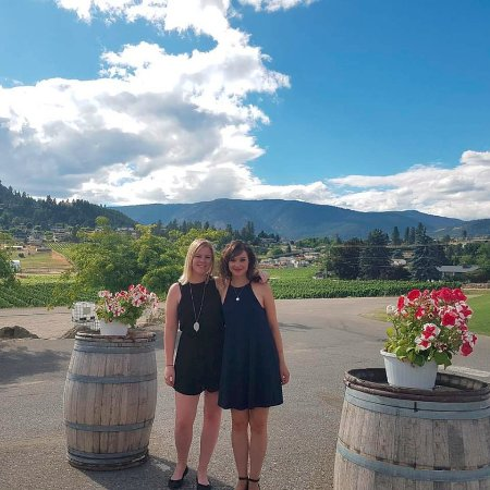 Wine Your Way Tours: Outside one of the winery's in Kelowna.