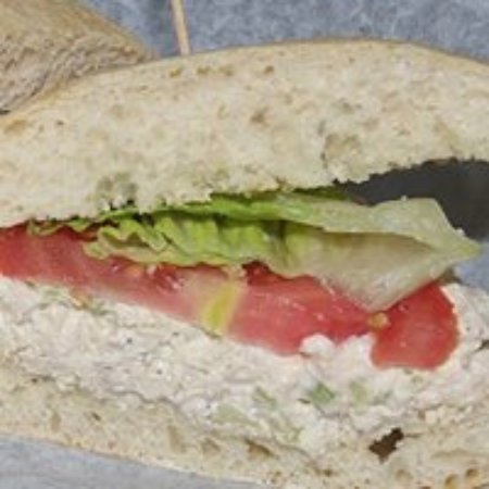 ออสวีโก, นิวยอร์ก: Homemade Chicken Salad Sandwich