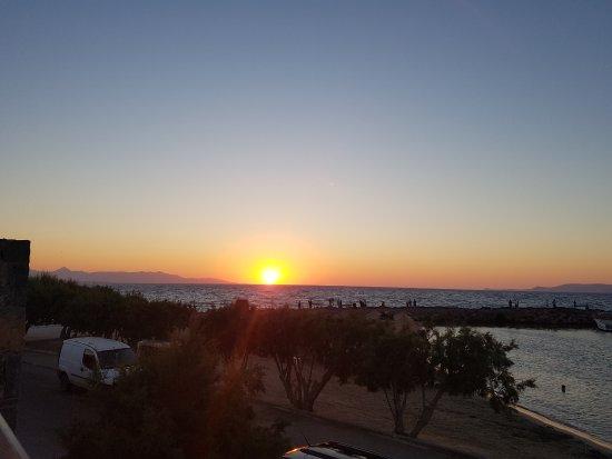 Beach Club Aphrodite : sunset