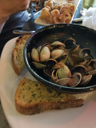 Glastonbury, CT: Clams