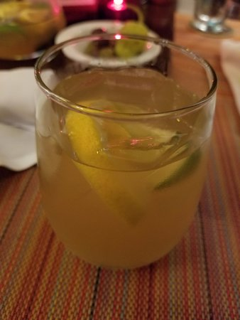 Glastonbury, CT: White Sangria
