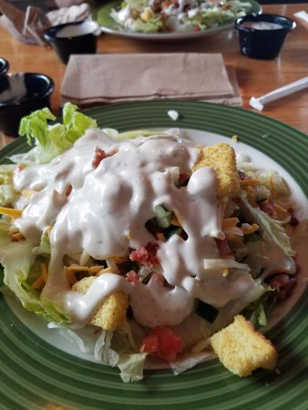 Crestview, FL: salad