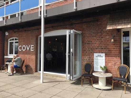Cove Bar Restaurant Southampton