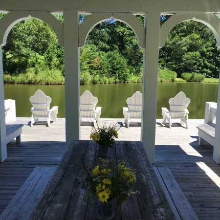 Blackberry Farm: The Boathouse