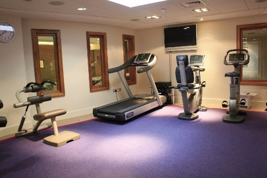 Painswick, UK: Fully Equipped Gym