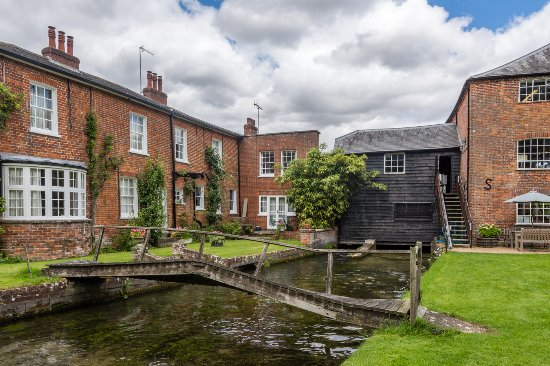 Whitchurch Silk Mill: Bridge and watermill