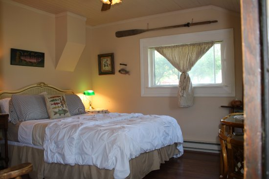 Fish House Inn and RV Park: Salmon Suite