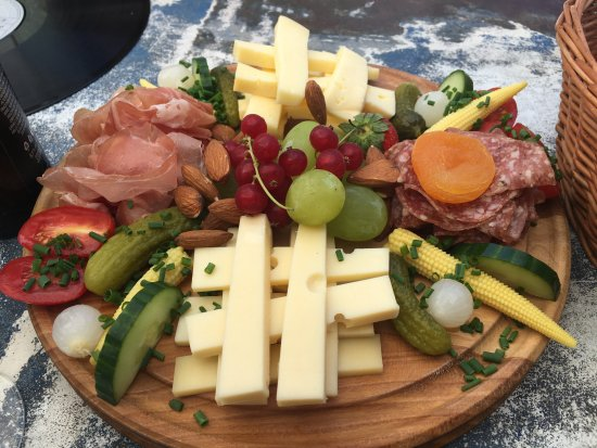 Rapperswil, Schweiz: lunch platter