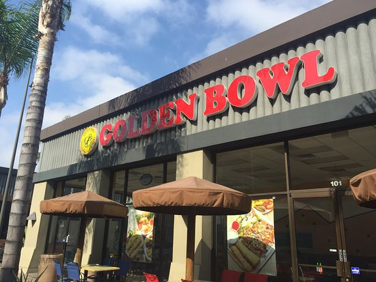 Exterior and menus of Golden bowl, 8610 Garfield Ave, South Gate, CA 90280