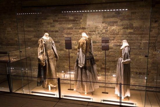 Monsampolo del Tronto, Italien: abiti femminili sec. XVI XVII