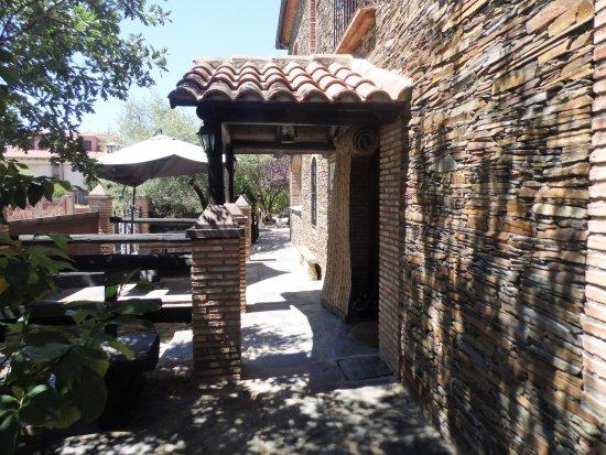 Casa Rural Pena Falcon: entrada a la casa