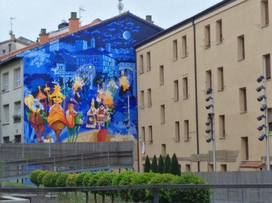 Mural La Noche mas Corta