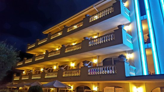 Hotel Barcarola: 20170725_214949_large.jpg