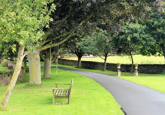 Kirkby Thore, UK: Driveway