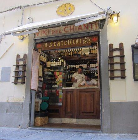 I Fratellini: No seats but good food