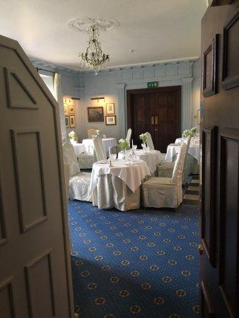 Llyswen, UK: Restaurant at Llangoed Hall