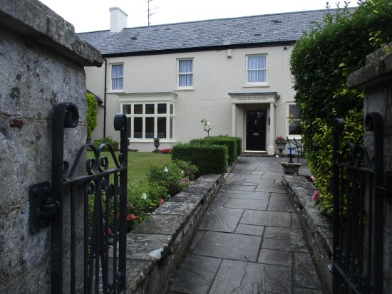 Llantwit Major, UK: The West House