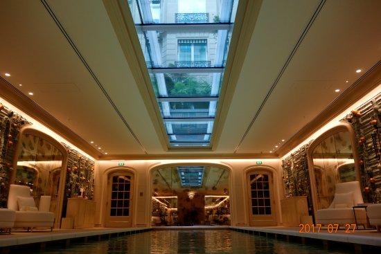 Hotel De Crillon Paris Number Of Rooms