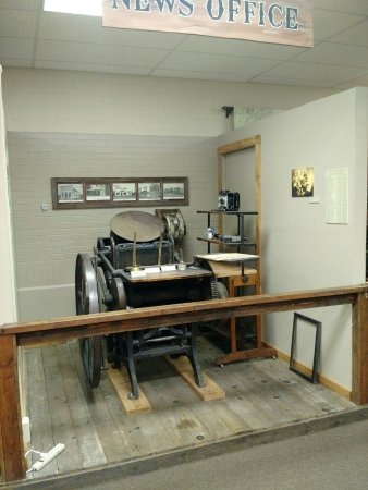 Woodward, OK: News Office Display