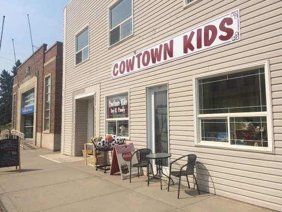 Cowtown Kids Toy & Candy