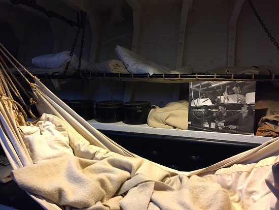 HMCS Sackville - Canada's Naval Memorial: How the crew quarters would have been set up