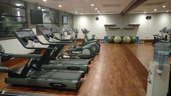 Holiday Inn Santiago Airport: gym center