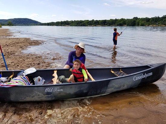 Sauk City, Висконсин: Wisconsin River Sandbar