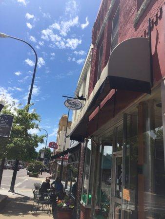 The SnakeBite Restaurant: exterior