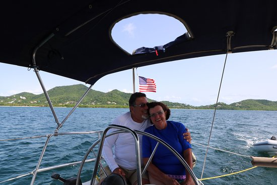 Bequia Dive Adventures: Sailing into Admiralty Bay to dive with Ron and Lamont