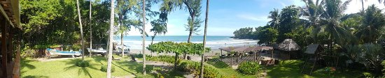 El Cuco, El Salvador: Panoramic view from the dining area over the grounds