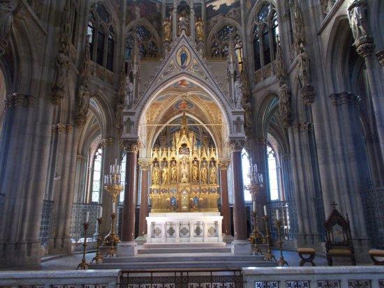 Votivkirche : L'interno della chiesa