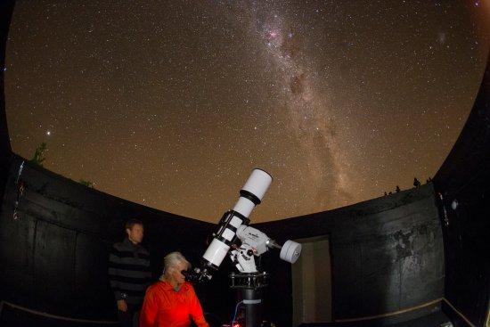 Twizel, Nowa Zelandia: Pukaki Observatory is onsite.  View Aoraki Mackenzie International Dark Sky Reserve