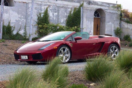 Twizel, New Zealand: Luxury Car self drive adventure to the Retreat