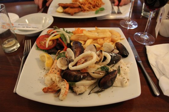 Il Castello restaurant: Seafood platter!