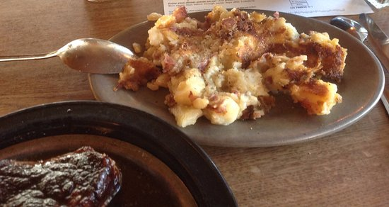 Arden Hills, MN: Lindy's Steak House - Potatoes