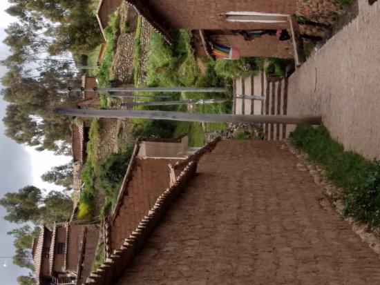 Chinchero, Perú: 20170430_120655_001_large.jpg