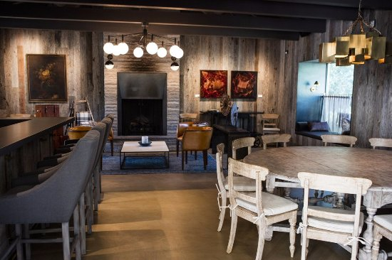St. Helena, كاليفورنيا: Winemakers Den Tasting Area