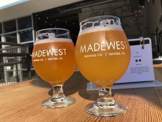 Вентура, Калифорния: Monday afternoon Beer at Madewest