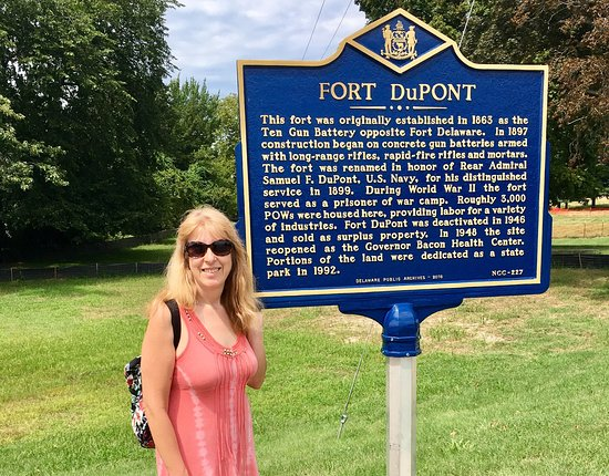Delaware City, DE: Fort DuPont