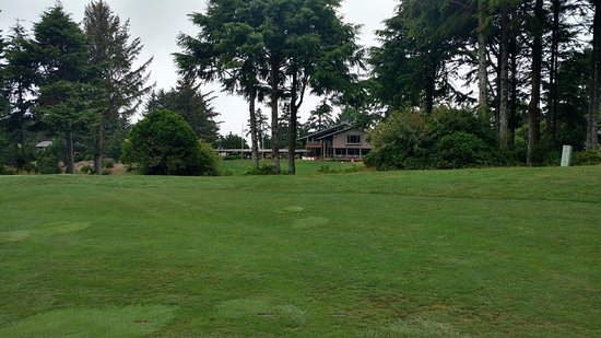 Salishan Lodge and Golf Resort Spa: view of the lodge from the ninth fairway