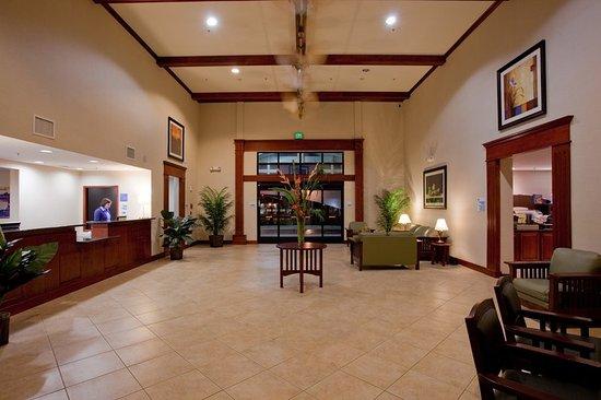 San Dimas, CA: Hotel Lobby