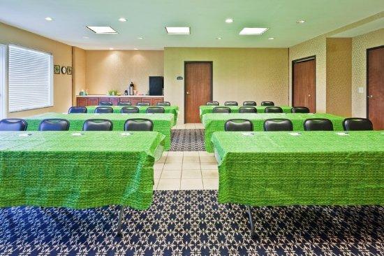 Paragould, AR: Meeting Room
