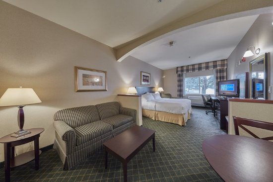 Springfield, OR: Spacious King Suite