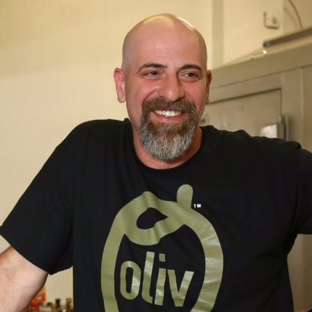 Holly Hill, FL: Inspired by his mother's Lebanese cooking, Sam's recipes are the heart and soul of Oliv!