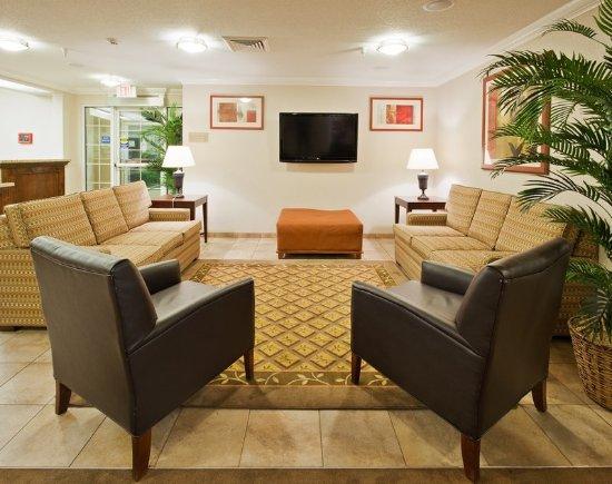 Turlock, Kalifornien: Guest Lounge