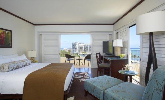 Lotus Honolulu at Diamond Head: Ocean View Premium Room